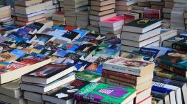 InterRisk wspiera bibliotekę w Bieszczadach Problemy społeczne, BIZNES - Przeciętny użytkownik odwiedził bibliotekę publiczną blisko 9 razy w ciągu roku i średnio wypożyczył 19 egzemplarzy w ciągu roku. Warto więc wspierać biblioteki publiczne. InterRisk przekazał do biblioteki w Cisnej (woj. podkarpackie) kilkaset książek.