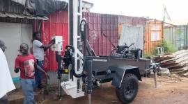 Dzięki wrocławskiej firmie powstanie więcej studni w Sudanie Południowym Problemy społeczne, BIZNES - Wrocławska firma Futuro Finance sfinansowała zakup maszyny wiertniczej do budowy studni w Sudanie Południowym.